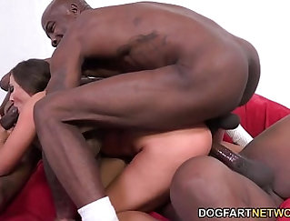 Black man pleases eurobabe babe with perfect deep throats