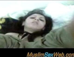 Beautiful Arab Nisha Dog the best anal partner