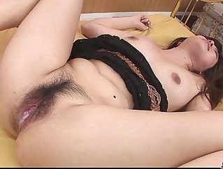 Busty babe toys and fingering her wet little pussy