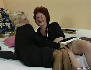 Amateur lesbian dykes pussy and anus toying with strapon