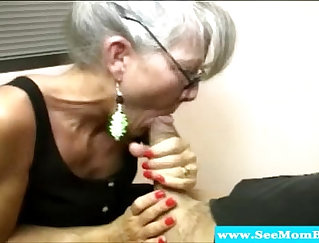 Cock riding mature mother with natural tits with huge pussies