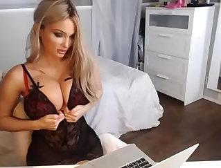 Big Tits Blonde Barbie Show Off Lingerie On Webcam