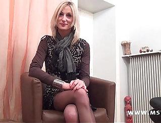 Beautiful Nikki gets her tits fucked