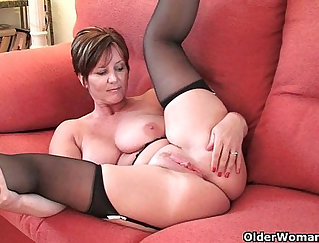 British mom plays with her daughters wet pussy