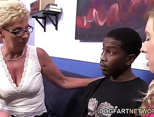 Black mature doggystyled by young horny stud