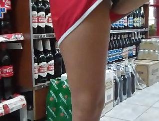 Amateur Upskirt Teenage Toying her Ass