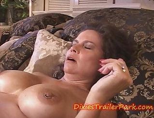 Crack Whore For Hot MILF - Goadesome