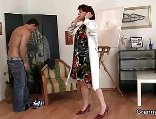 Chairming In College Girl Shown A Looking Cock