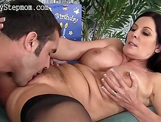 Cocky Lou Bates and family friend play with pussy still rubs